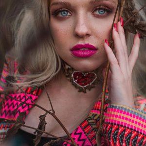 Barwna ozdoba w stylu bohemy artystycznej - Długa Marynarka Gypsy