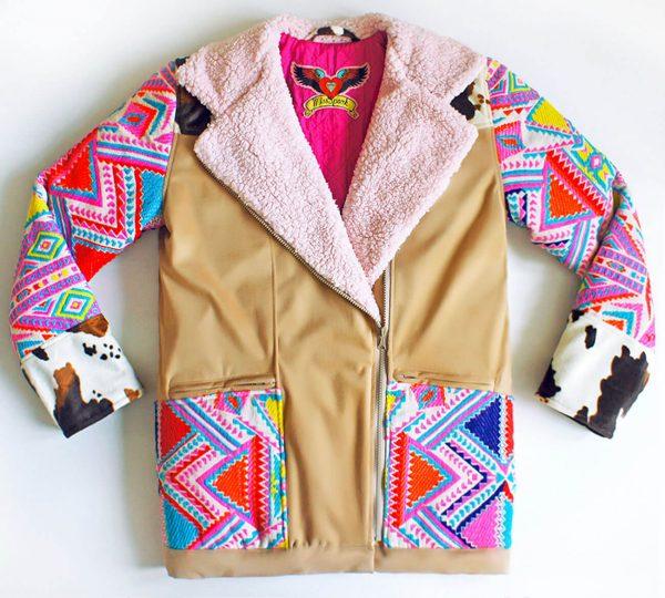 Piękna kurtka w stylu boho z rękawami z fantastycznej tkaniny - Kurtka Gypsy Cow.