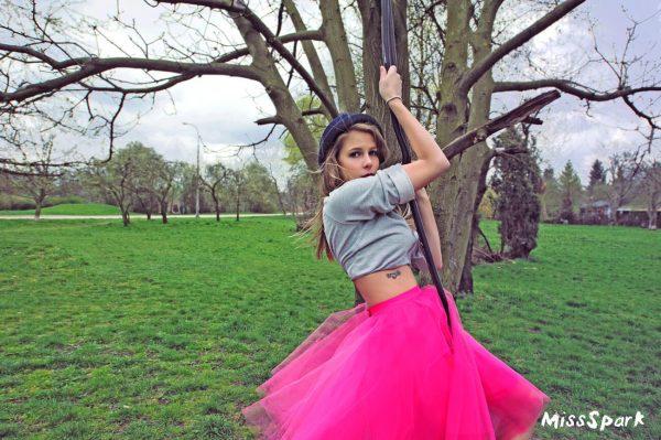 Piękna spódnica w stylu glamour.