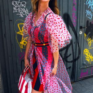 Sukienka maxi w czerwone kropeczki