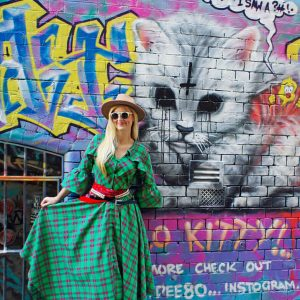 Sukienkowy płaszcz maxi wykonany z ciepłej tkaniny w zieloną kratę - Płaszcz Krata Zielona