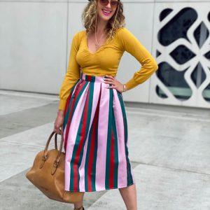 Różowa midi spódnica w pasy