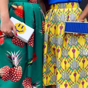 Barwna spódnica w ananasyści midi
