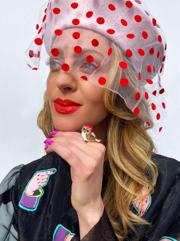 Beret woalka różowy w kropki czerwone