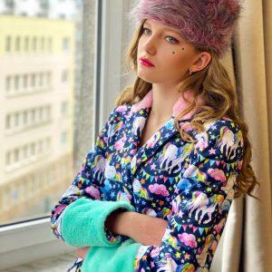 Różowa czapka z futerka