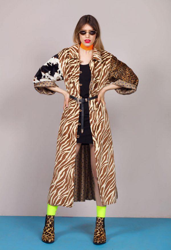 Welurowy płaszcz w zwierzęce wzory